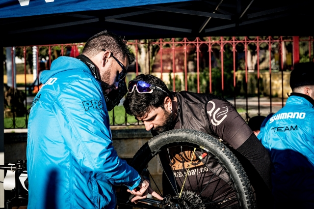 The Shimano Macario #CochesAzules will provide official technical assistance