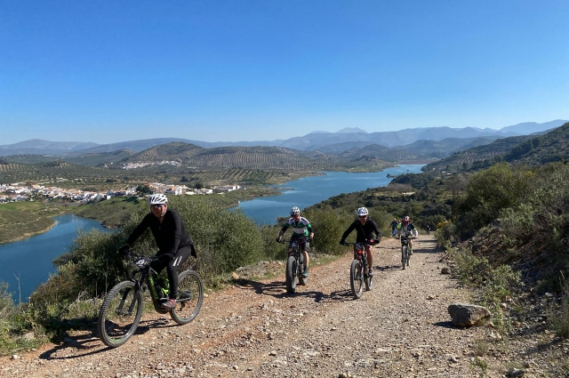 Martos and its olives trees host the e-bike route